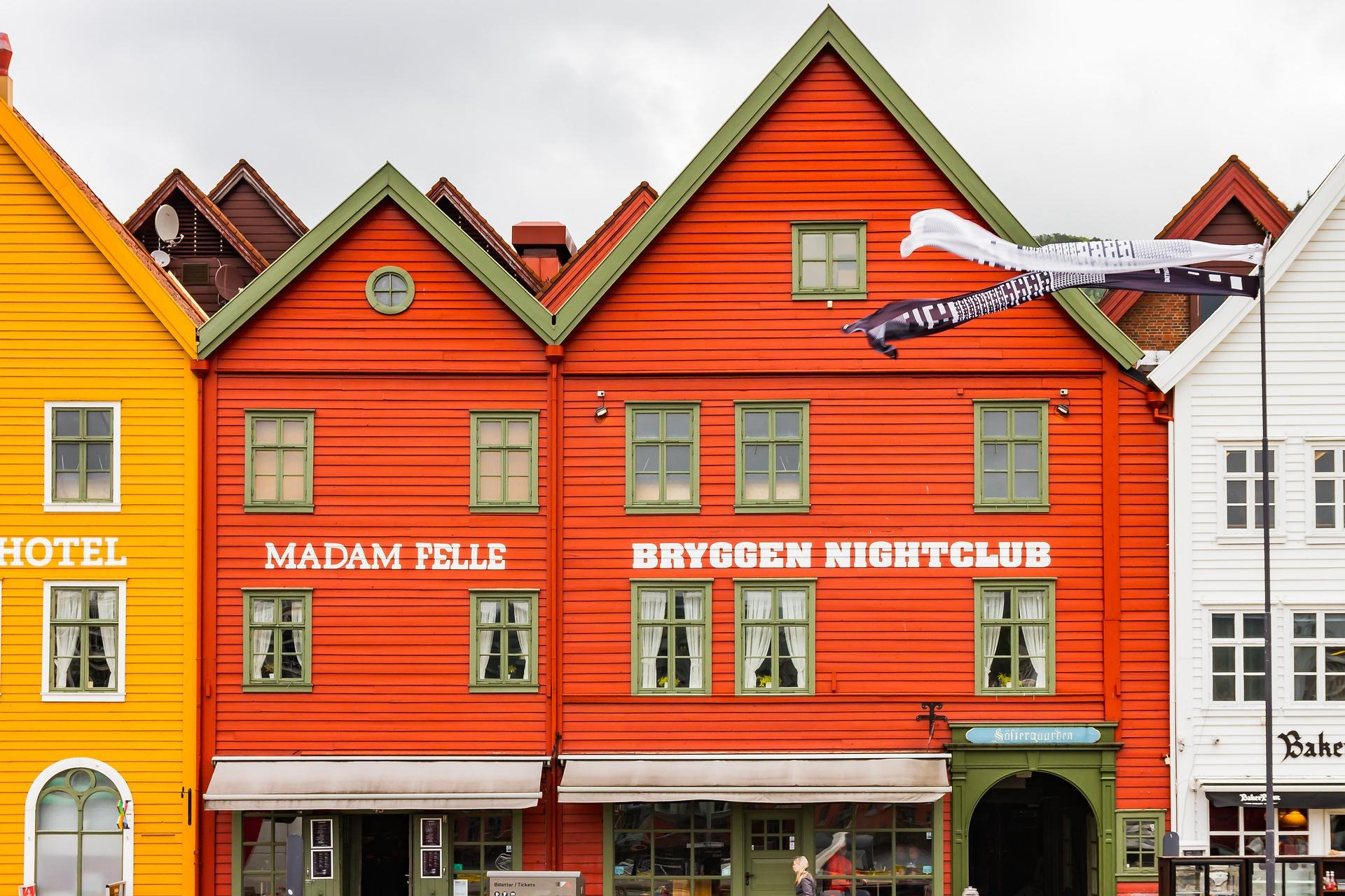 Hvordan spare penger på salg i Norge